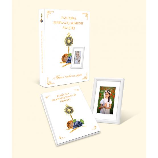 Książka Pamiątka Pierwszej Komunii Świętej + ramka Praca zbiorowa